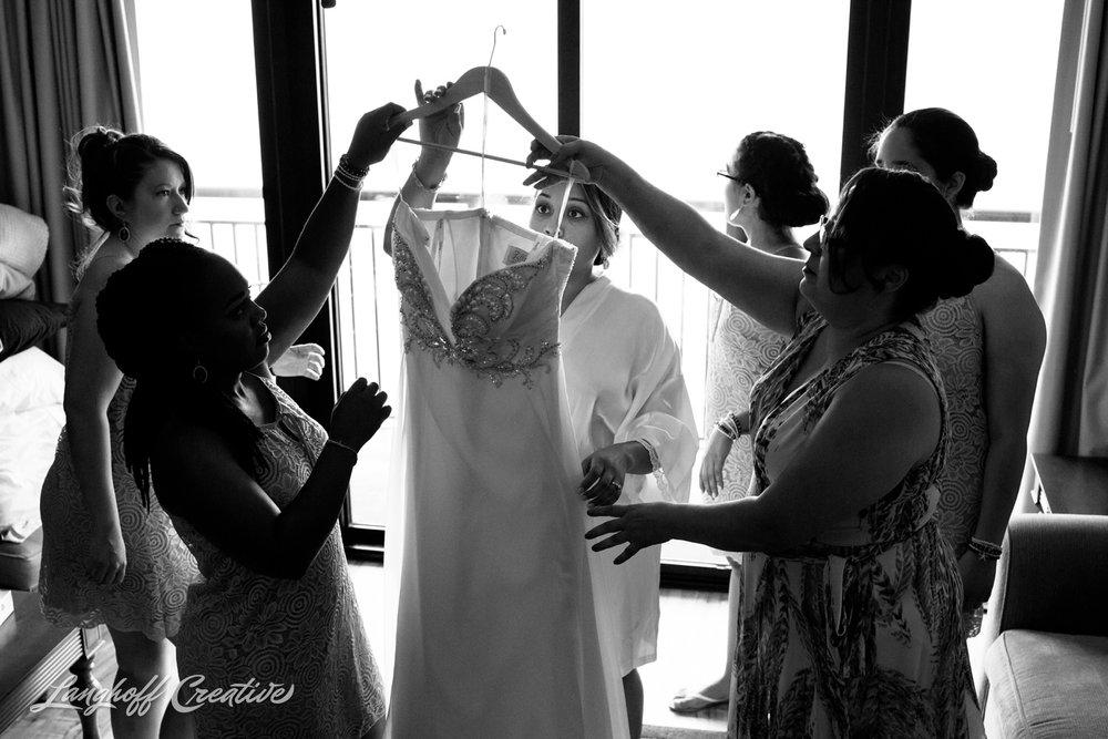 LanghoffCreative-AmberLanghoff-Wedding-DocumentaryFamilyPhotography-NCphotographer-DocumentaryPhotographer-RaleighDurham-JeremyBecky-3-photo.jpg