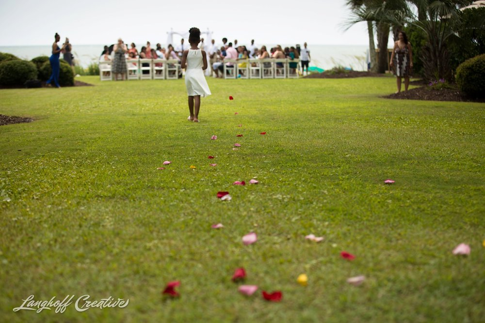 LanghoffCreative-AmberLanghoff-Wedding-DocumentaryFamilyPhotography-NCphotographer-DocumentaryPhotographer-RaleighDurham-JeremyBecky-5-photo.jpg