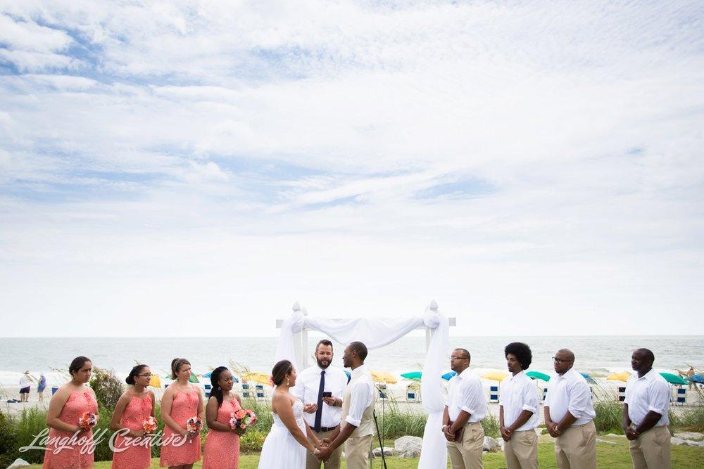 LanghoffCreative-AmberLanghoff-Wedding-DocumentaryFamilyPhotography-NCphotographer-DocumentaryPhotographer-RaleighDurham-JeremyBecky-8-photo.jpg