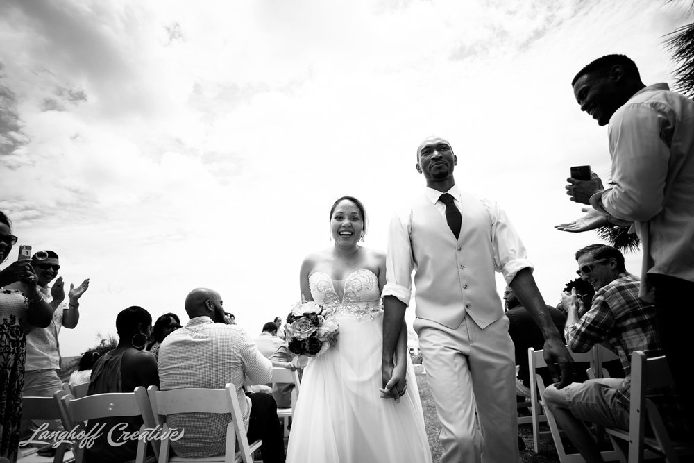 LanghoffCreative-AmberLanghoff-Wedding-DocumentaryFamilyPhotography-NCphotographer-DocumentaryPhotographer-RaleighDurham-JeremyBecky-12-photo.jpg