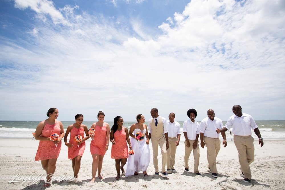 LanghoffCreative-AmberLanghoff-Wedding-DocumentaryFamilyPhotography-NCphotographer-DocumentaryPhotographer-RaleighDurham-JeremyBecky-13-photo.jpg