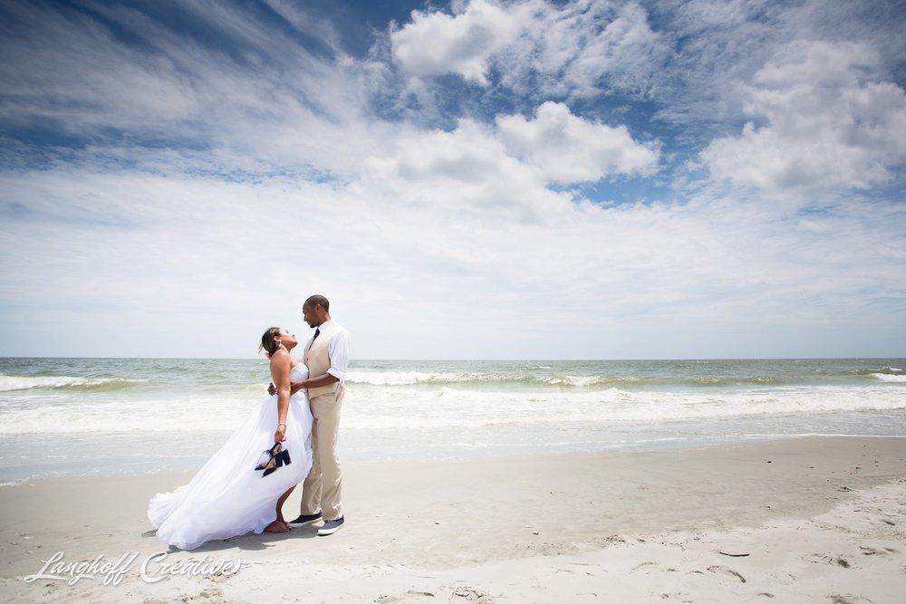 LanghoffCreative-AmberLanghoff-Wedding-DocumentaryFamilyPhotography-NCphotographer-DocumentaryPhotographer-RaleighDurham-JeremyBecky-14-photo.jpg