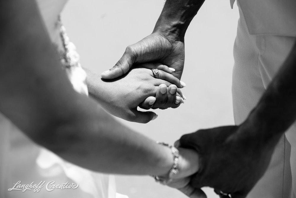 LanghoffCreative-AmberLanghoff-Wedding-DocumentaryFamilyPhotography-NCphotographer-DocumentaryPhotographer-RaleighDurham-JeremyBecky-15-photo.jpg