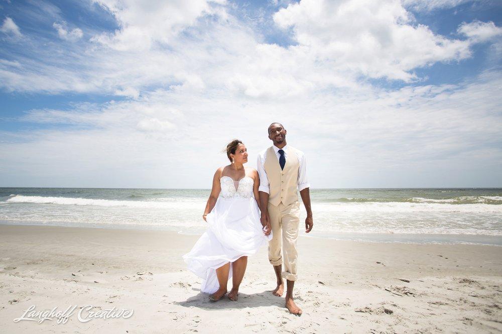 LanghoffCreative-AmberLanghoff-Wedding-DocumentaryFamilyPhotography-NCphotographer-DocumentaryPhotographer-RaleighDurham-JeremyBecky-16-photo.jpg