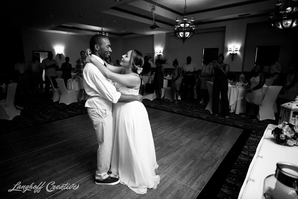 LanghoffCreative-AmberLanghoff-Wedding-DocumentaryFamilyPhotography-NCphotographer-DocumentaryPhotographer-RaleighDurham-JeremyBecky-20-photo.jpg