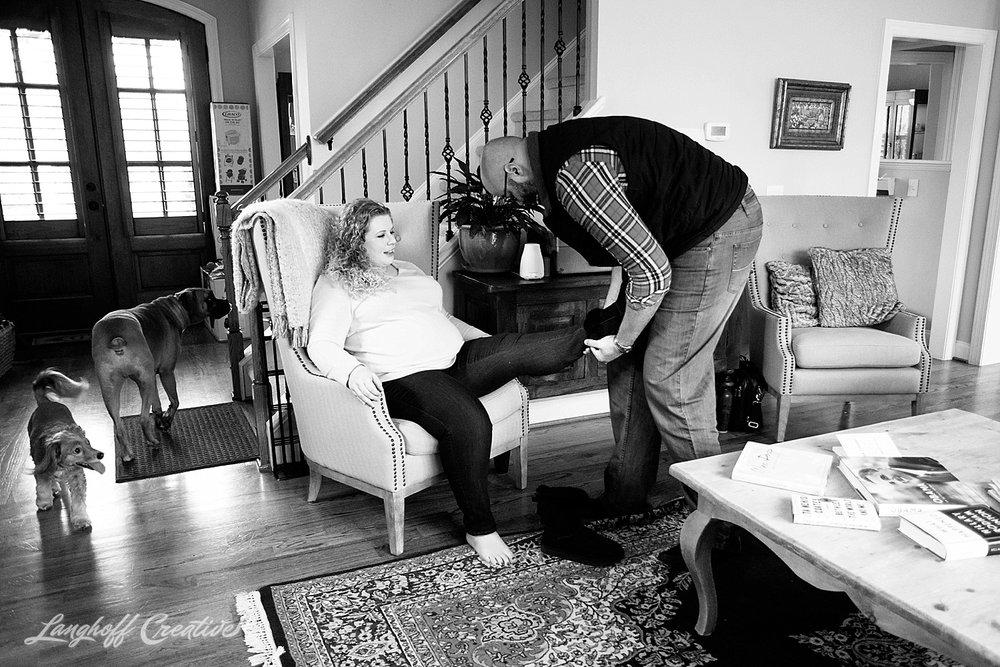 2018-Gambino-MaternitySession-DocumentaryFamilyPhotography-LanghoffCreative-DocumentaryPhotographer-RealLifeSession-9.jpg