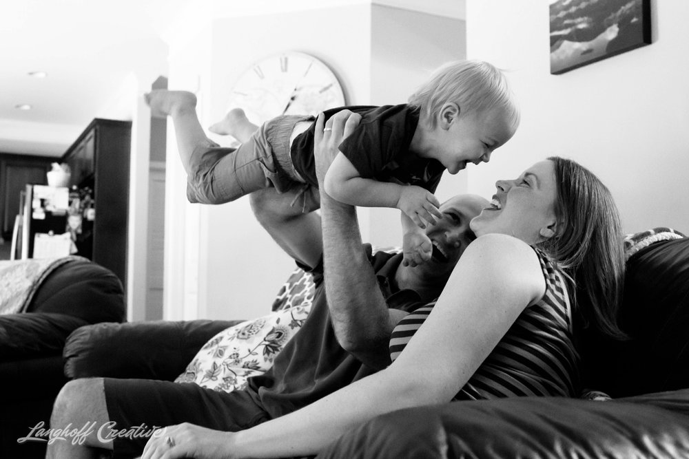 DocumentaryFamilySession-DocumentaryFamilyPhotography-RDUfamily-MaternitySession-LanghoffCreative-EberleFamily-Jul2017-4-image.jpg