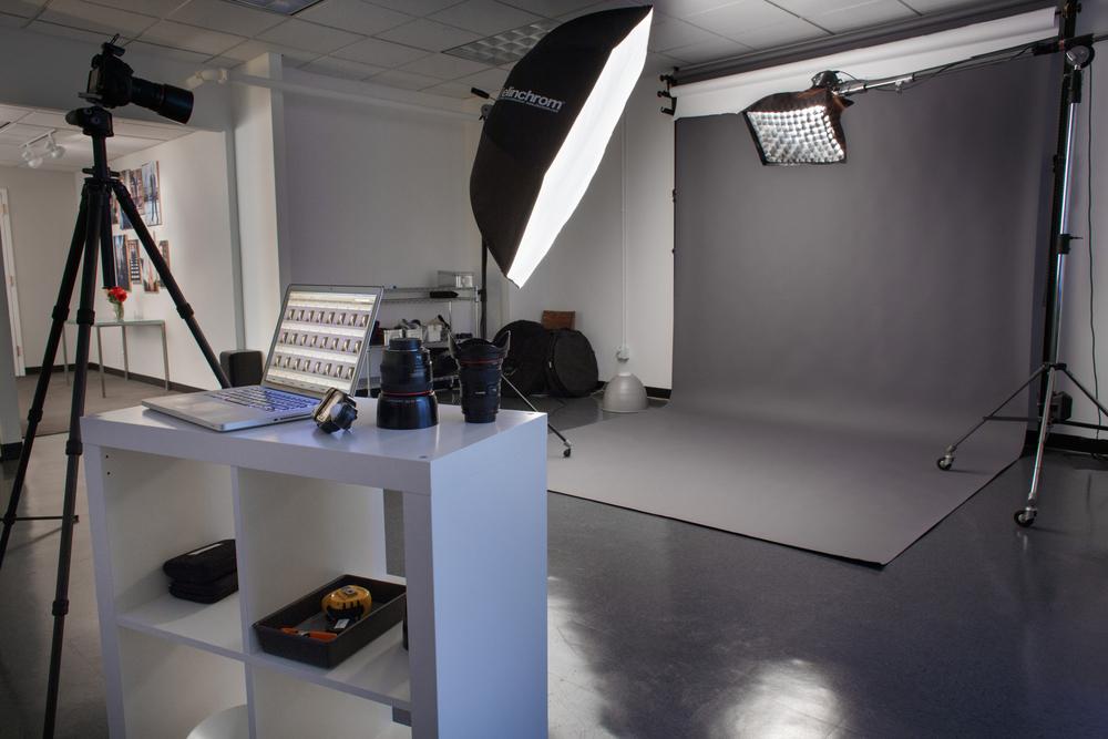 andrew-collings-studio-interior-130403-Studio-interior-130403-9065-1500px.jpg
