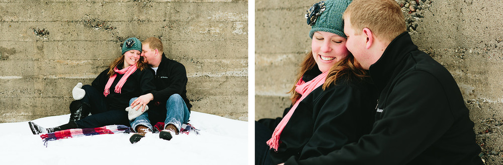 12-minnesota_brainerd_engagement_session_winter.jpg