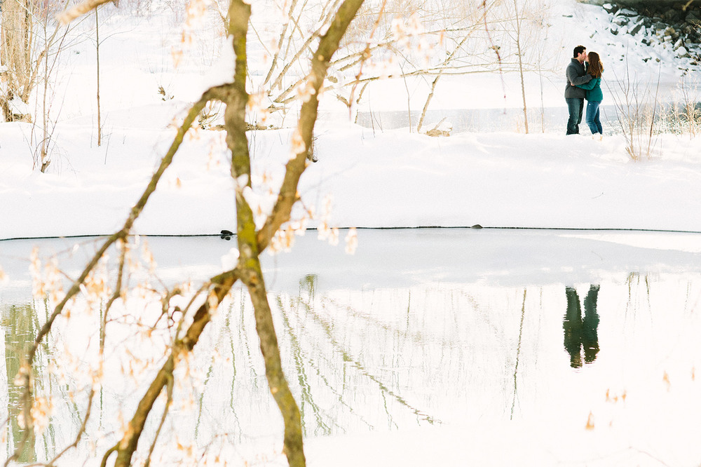 12_Elk_River_Engagment_Session.jpg