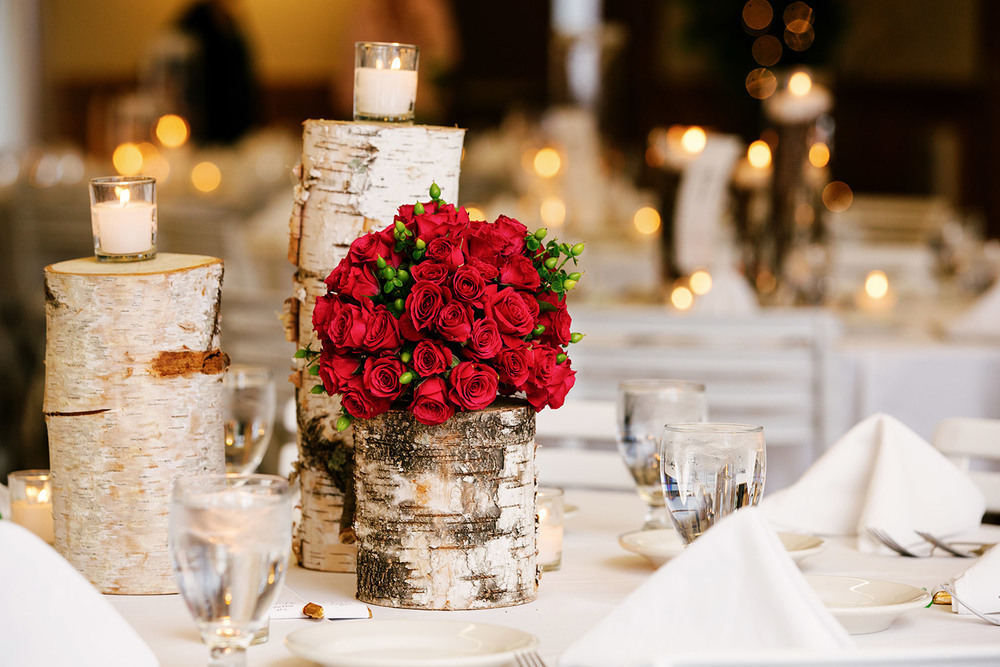 Cragun's Legacy wedding reception with flowers by Petals and Beans