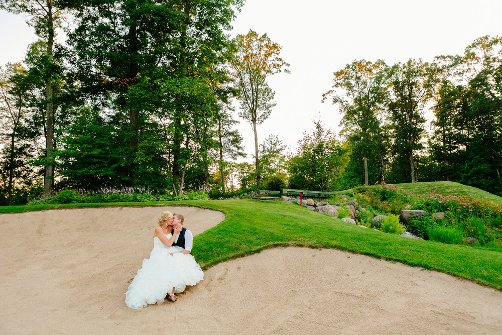 Cragun's Legacy Golf Course Summer Brainerd Wedding