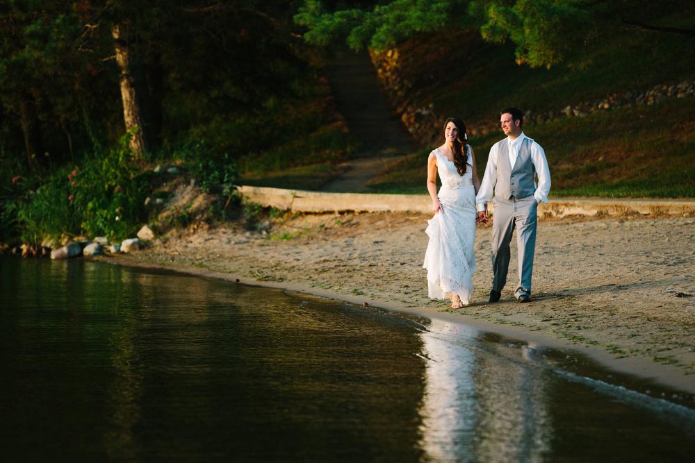 Madden's Resort Sunset Stroll
