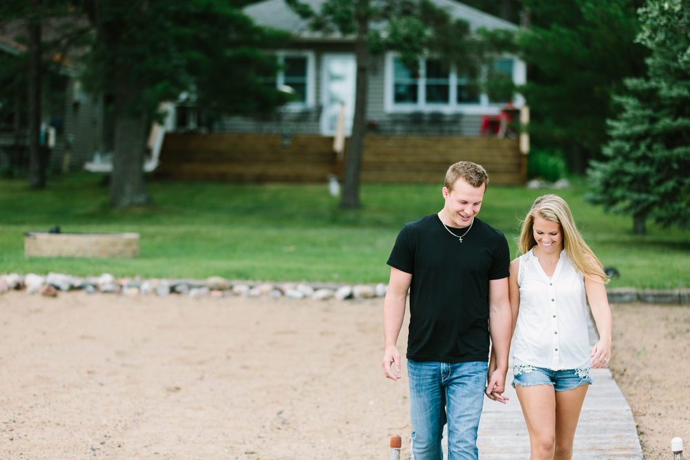 A summer engagement session at Grand View Lodge in Nisswa, MN