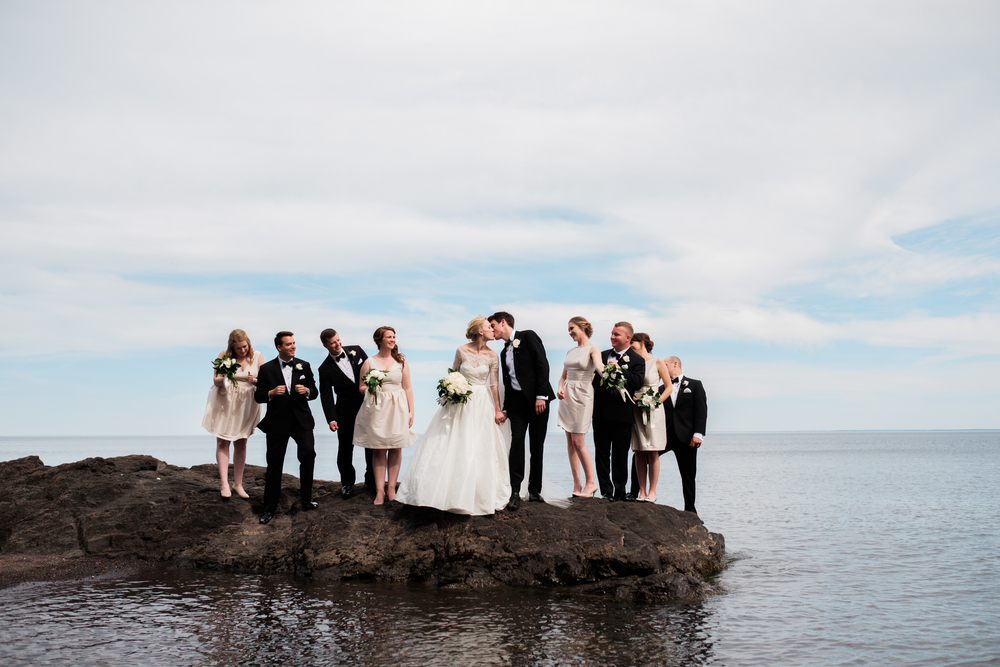 Lake Superior Shore wedding pictures