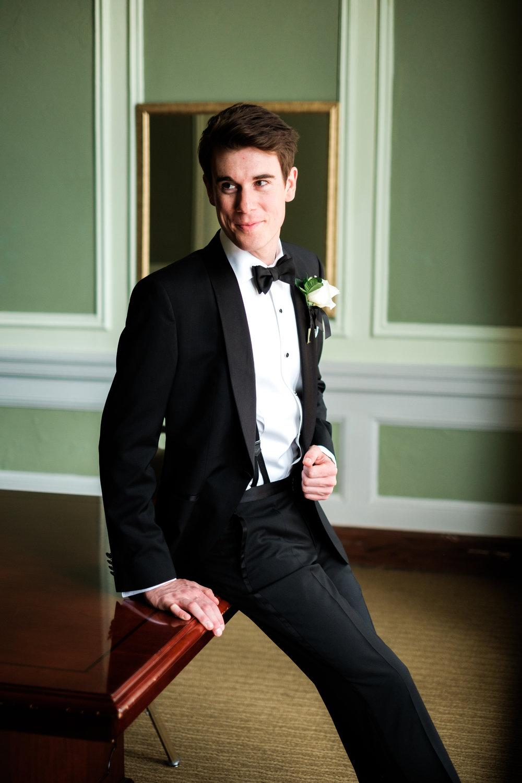 groom portrait on his wedding day at greysolon ballroom