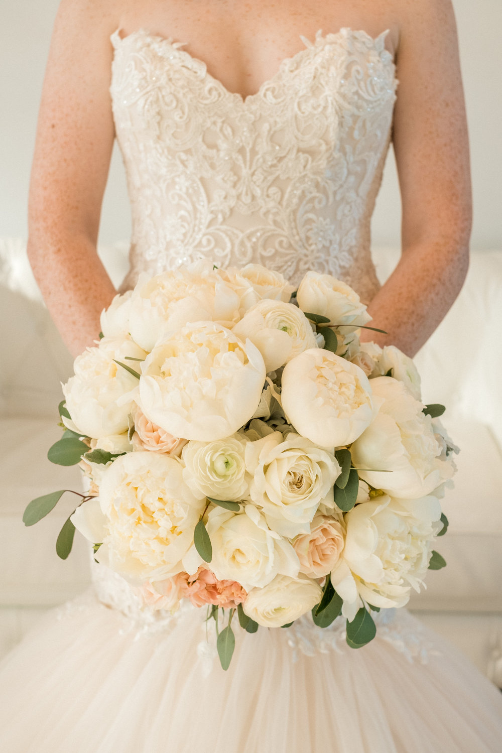 bridal bouquet by Kate Kuepers with Bloom Designs