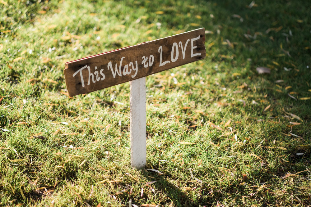 barn wood wedding sign maker in brainerd, mn