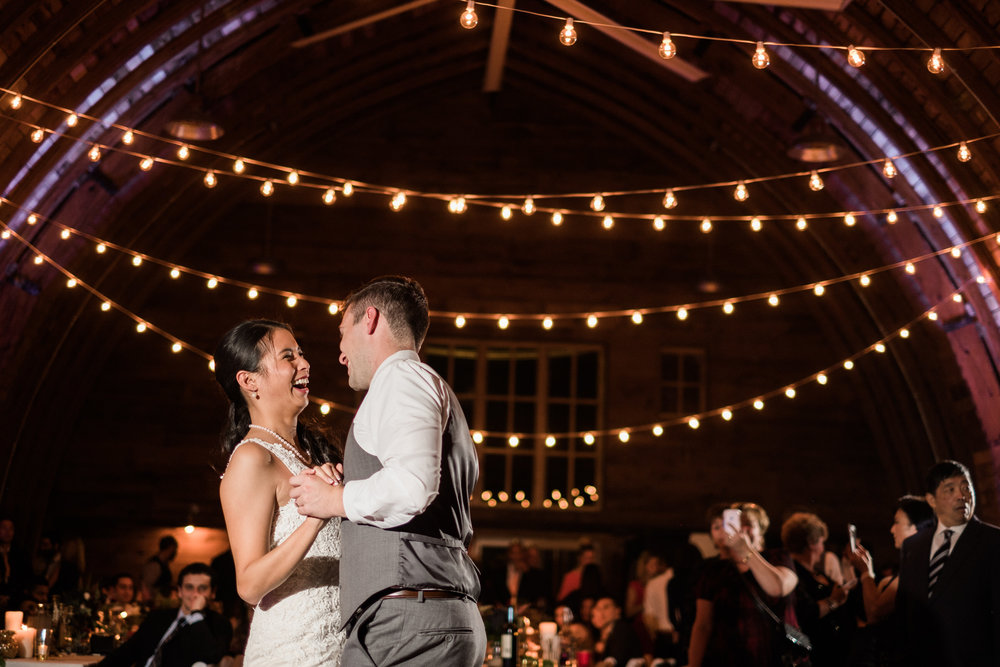minnesota barn wedding reception