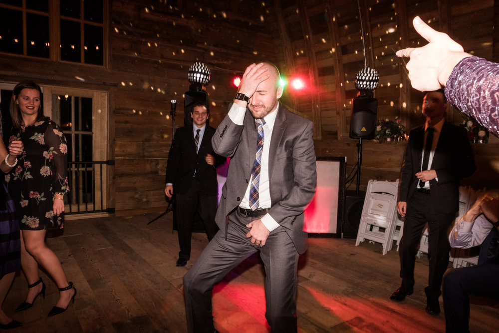 minnesota barn wedding dance