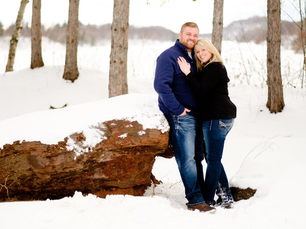 minnesota snowy winter engagement session