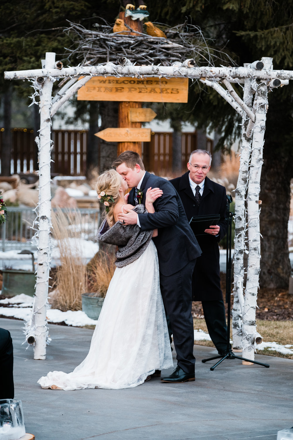 winter wedding ceremony in crosslake, mn