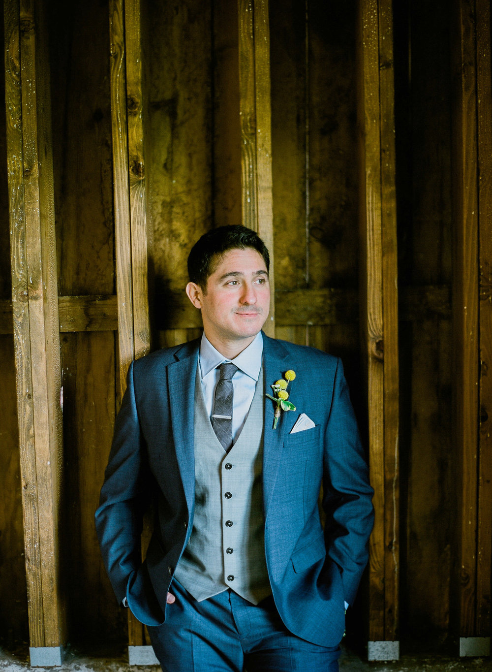 Northern MN Barn wedding at Bloom Lake Barn in Shafer, MN