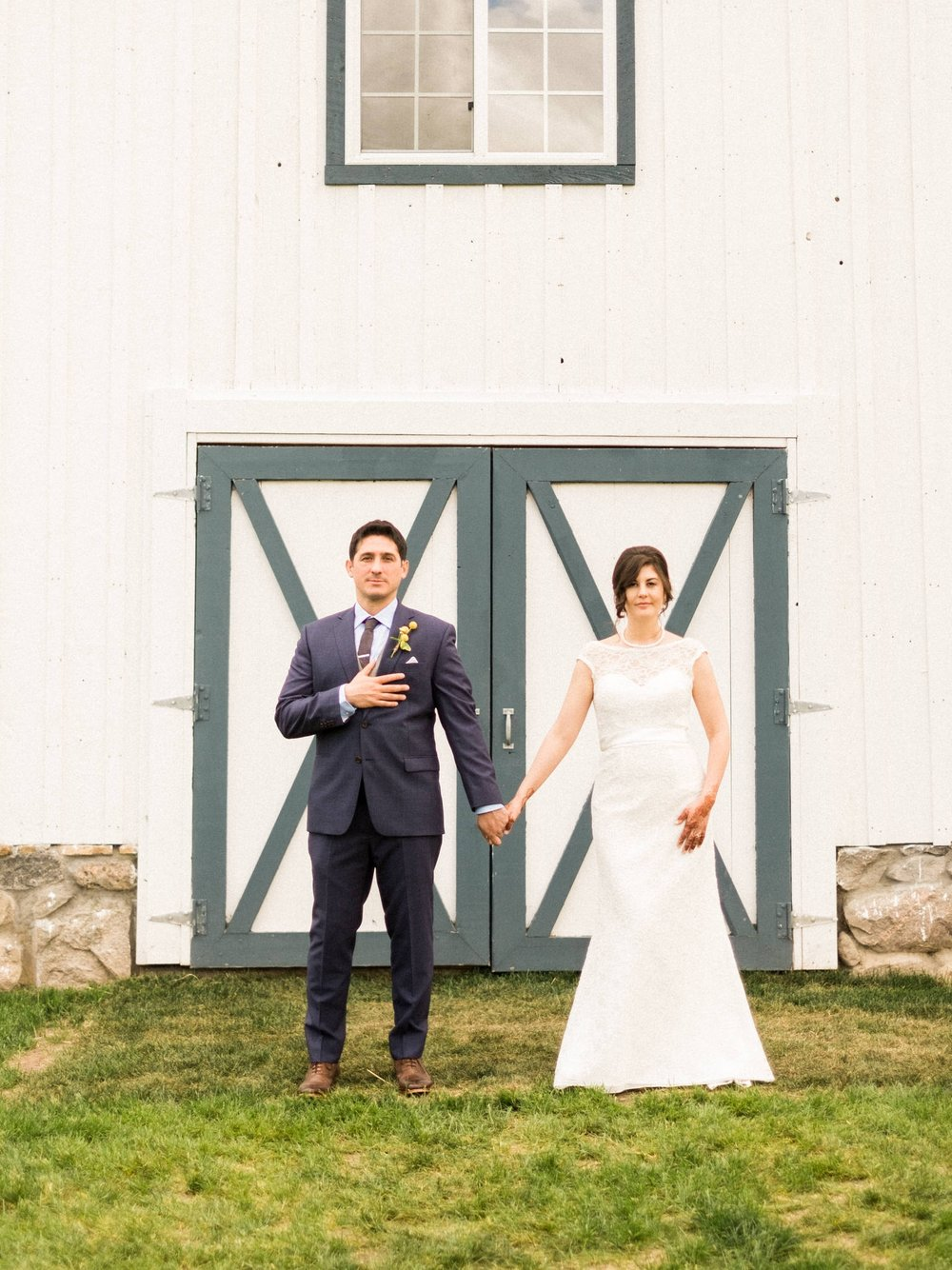 Minnesota Barn wedding at Bloom Lake Barn in Shafer, MN