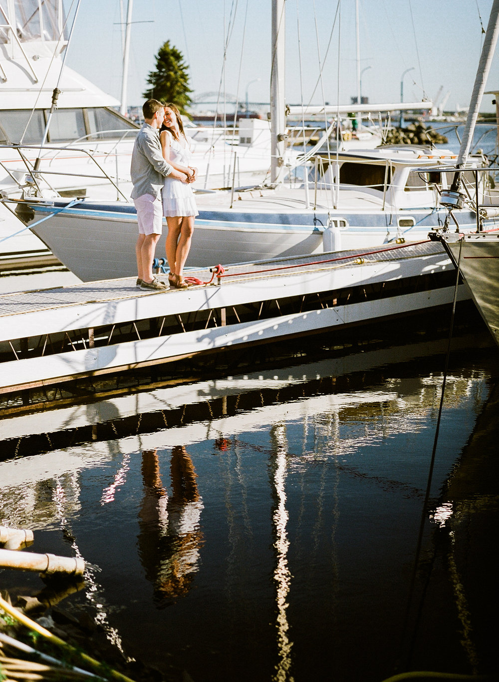 Duluth_Marina_Forest_Engagement_Session_008.jpg