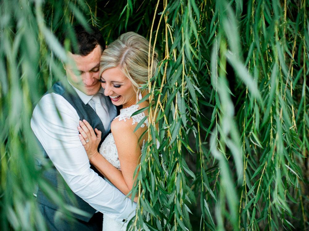Cragun's Resort summer wedding Photographer