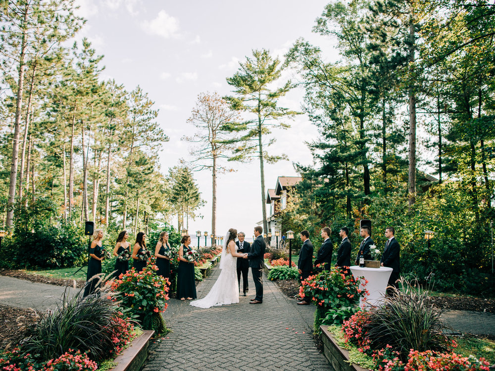 Romantic_Grand_View_Lodge_Wedding_in_Nisswa-43.jpg