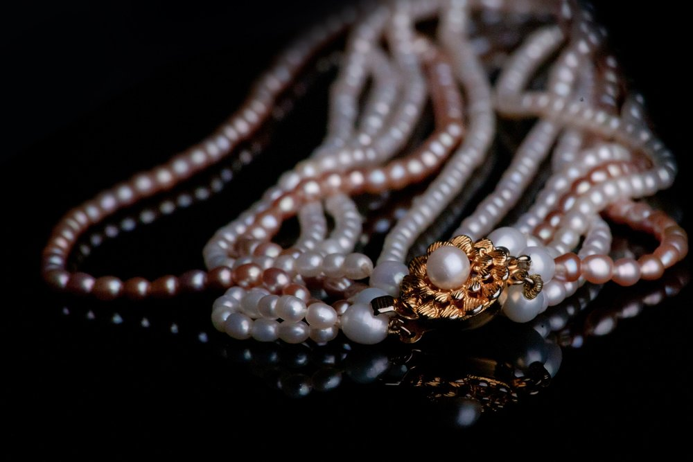 jewellery-1203959_1920.jpg