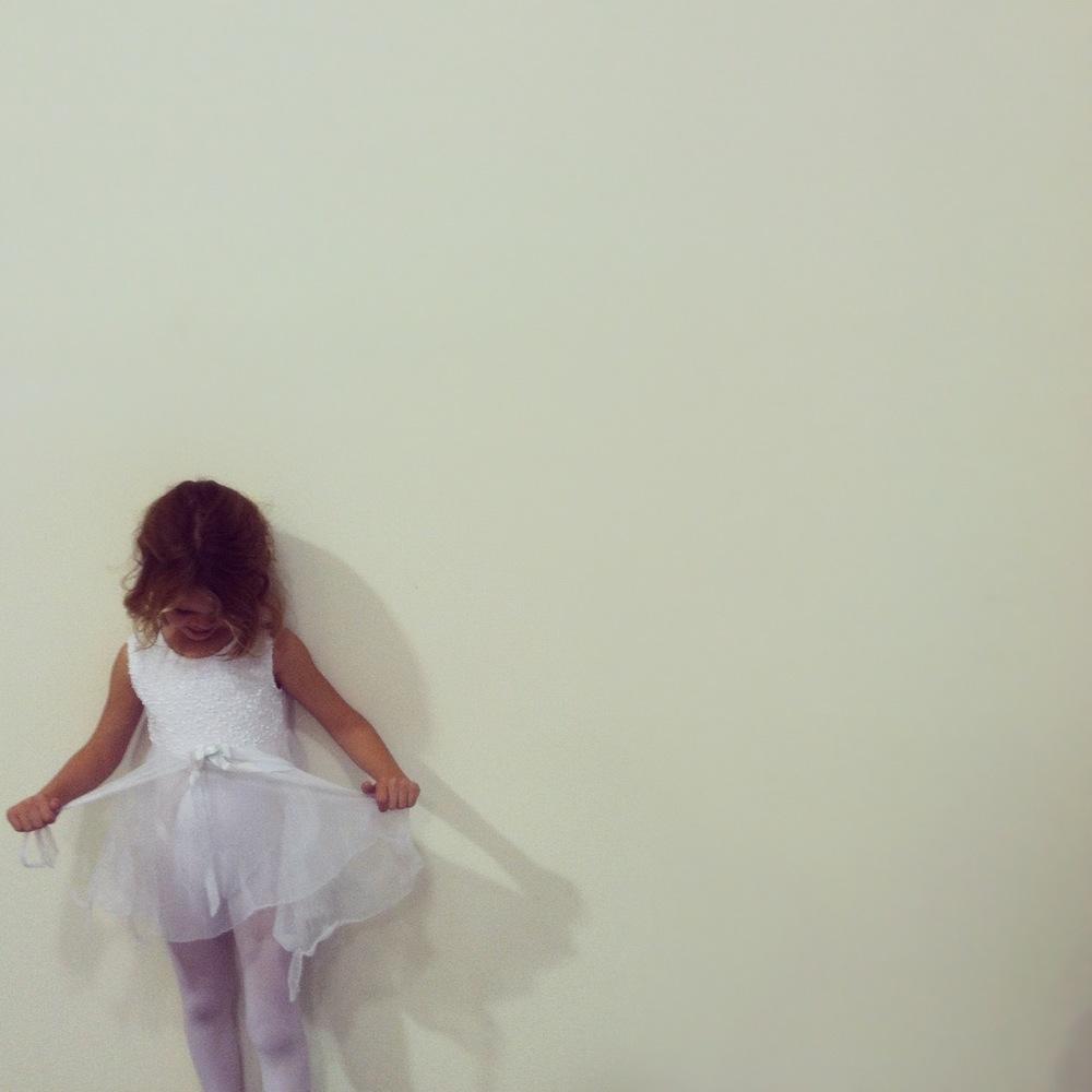 emma, beginner hiphop-er, in all white
