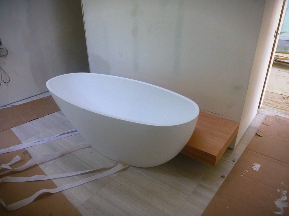 modern quartzite tub