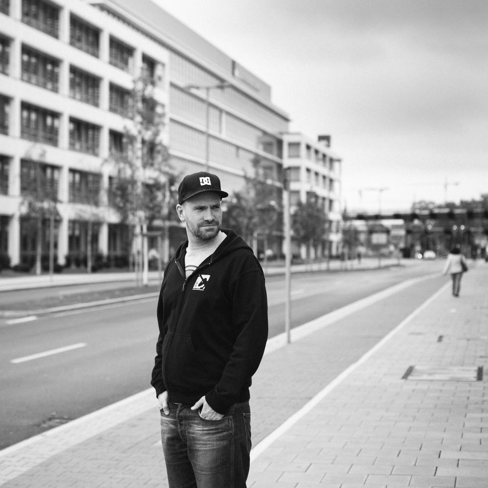 Chris | Vodafone Campus @ Düsseldorf | VSCO Film | Kodak Tri-X 400