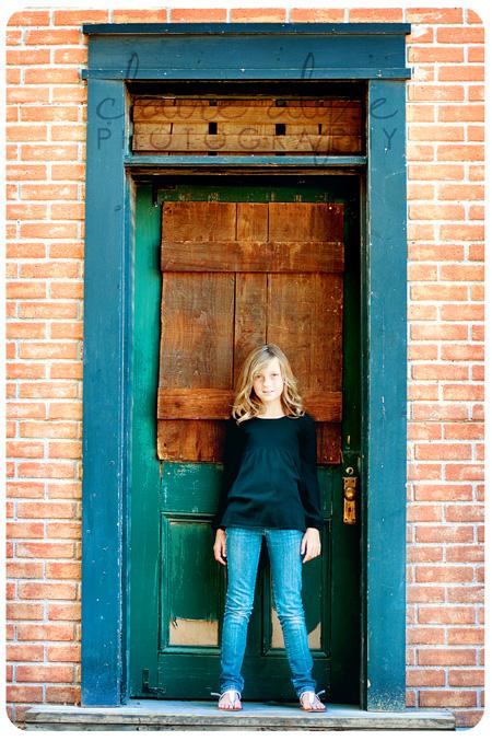 los angeles child photographer - doorway