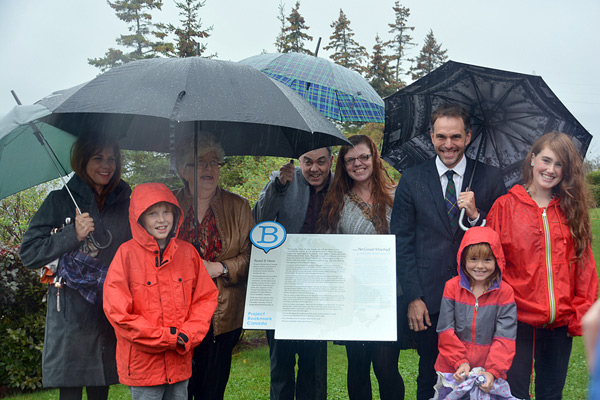 The MacLeod family celebrates the unveiling of the NO GREAT MISCHIEF Bookmark. Photo Credit: Weldon Bona.