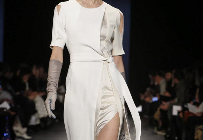 {Altuzarra Fall/Winter 2014 Collection via  NowFashion }