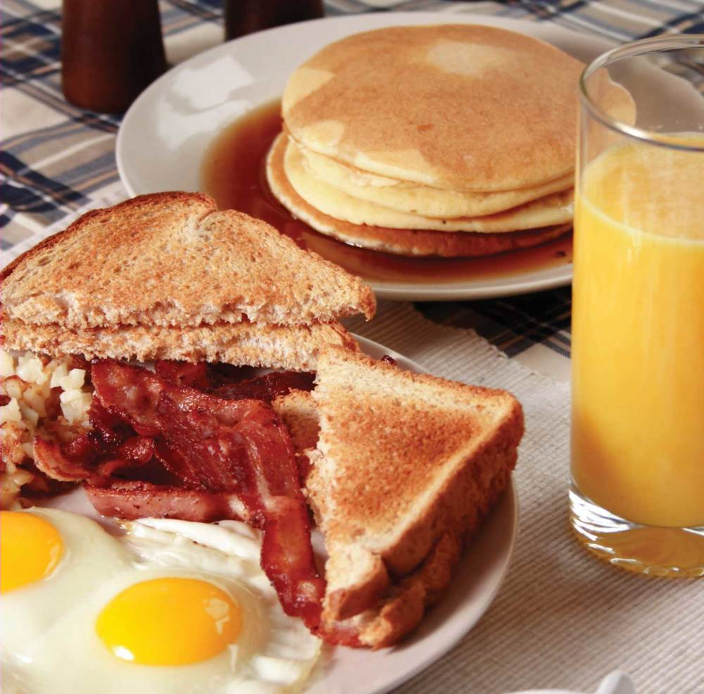 Breakfast-Meat,-eggs,-&-cakes.jpg