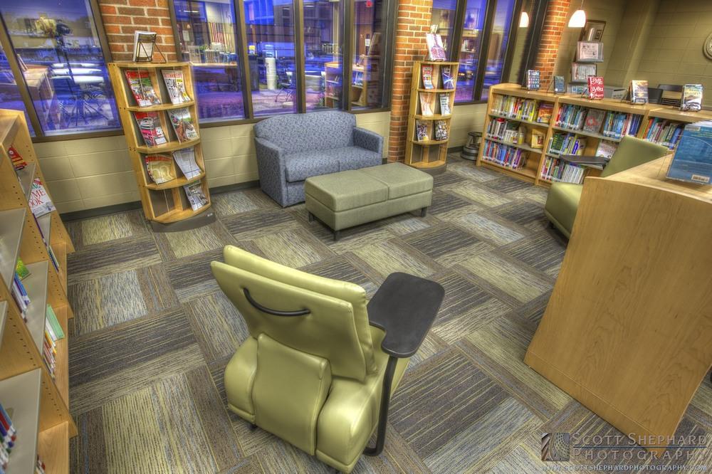 LATI Library (Office Peeps) _MG_6769.jpg
