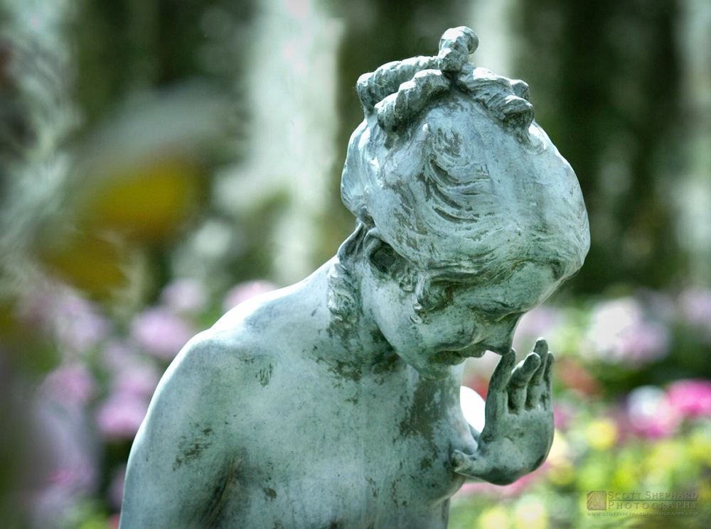 This photo of the garden statue was taken at the Como Park Conservatory in Saint Paul, MN, by Watertown, SD, photographer Scott Shephard