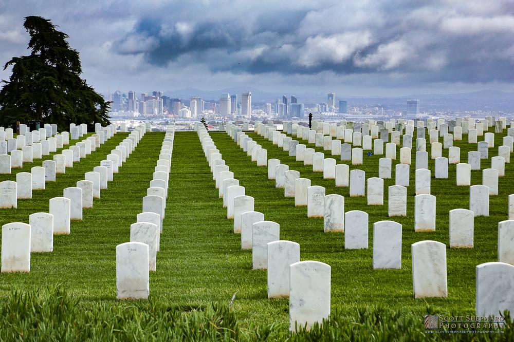 Rosecrans National Cemetery.jpg