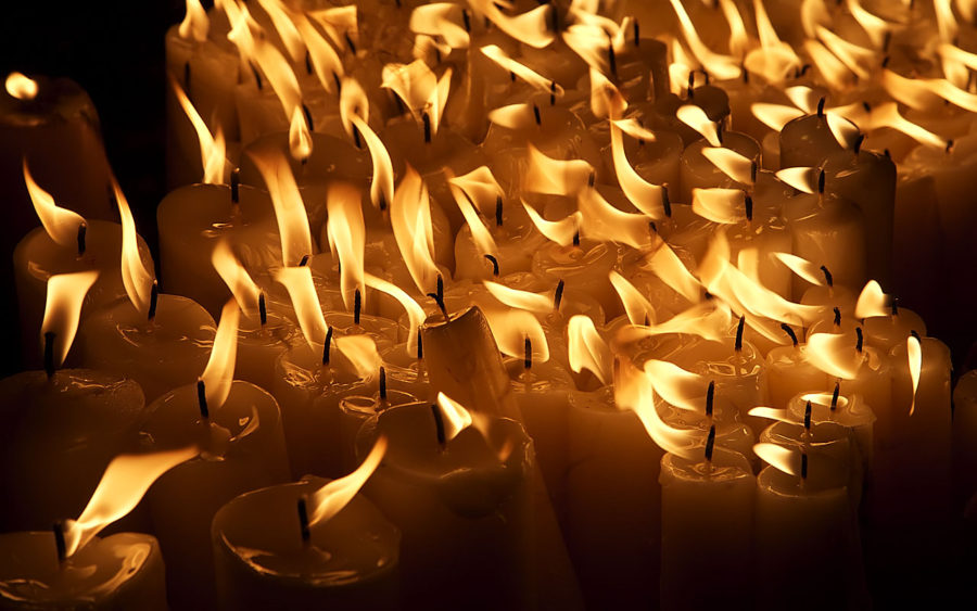 03-08-09-votive-candles-zagreb-croatia