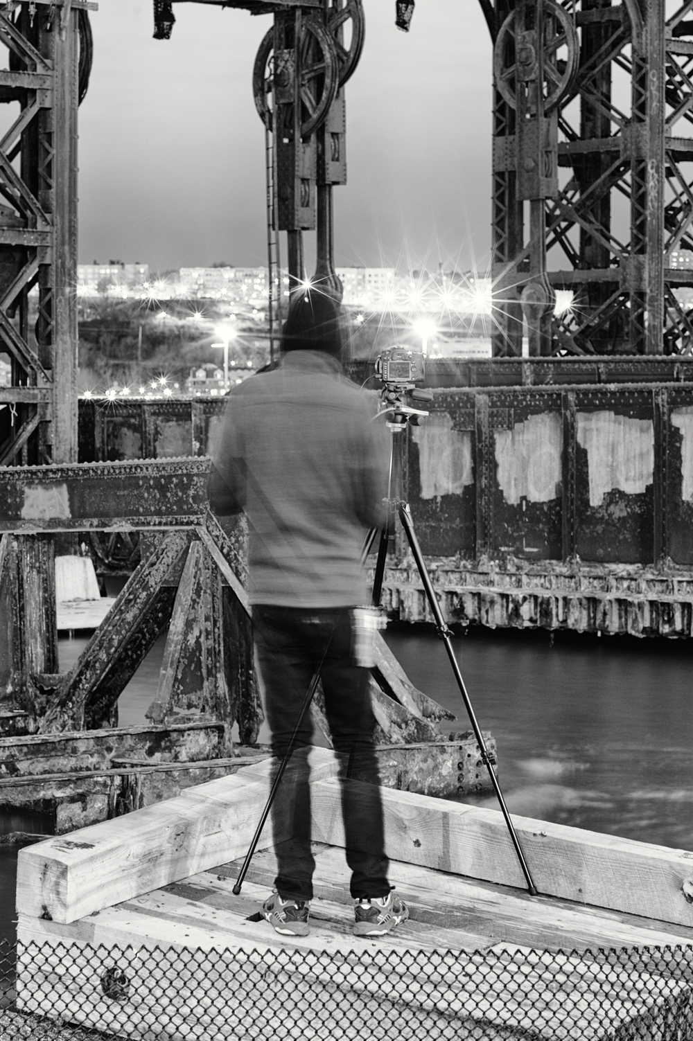 Dan Shooting at 69th St Transfer Bridge, Manhattan