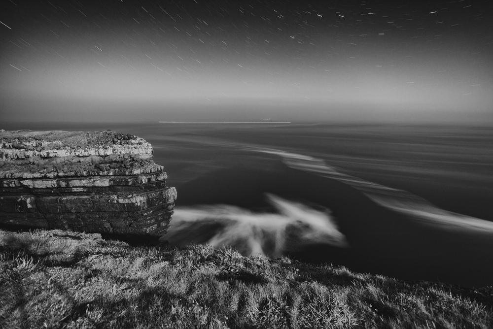 Looking north by northwest from the Loop Head Peninsula two days after a full moon. Prints available for purchase - contact  Matt@matthillart.com