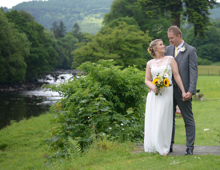 0838-betws y coed wedding photography.jpg