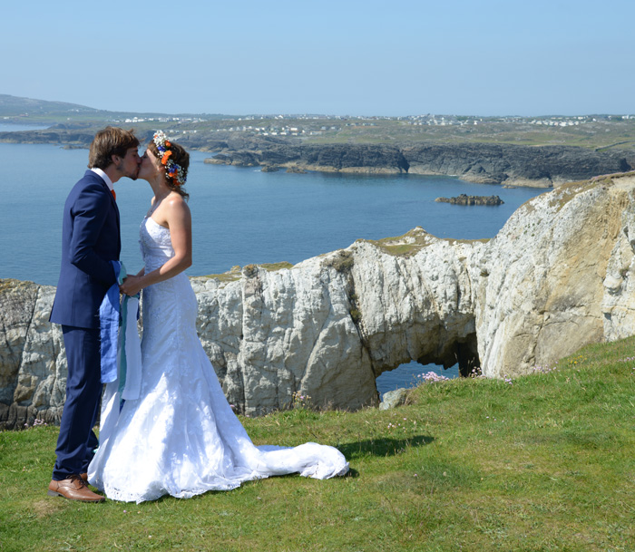 A clifftop wedding on Anglesey -