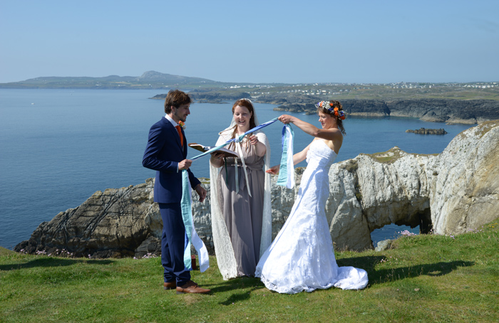 2421 Anglesey wedding photography.jpg