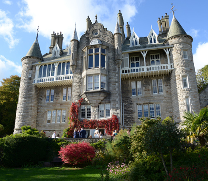 A Chateau Rhianfa wedding -
