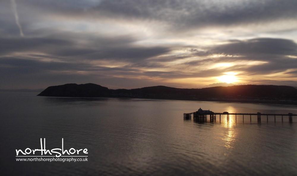 Sunrise Llandudno Pier picture.jpg